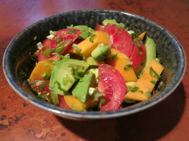 Salad with avocado and mango
