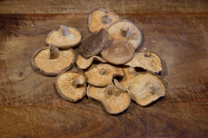 Dried black (shiitake) mushrooms; soak in hot water for 30 minutes to reconstitute